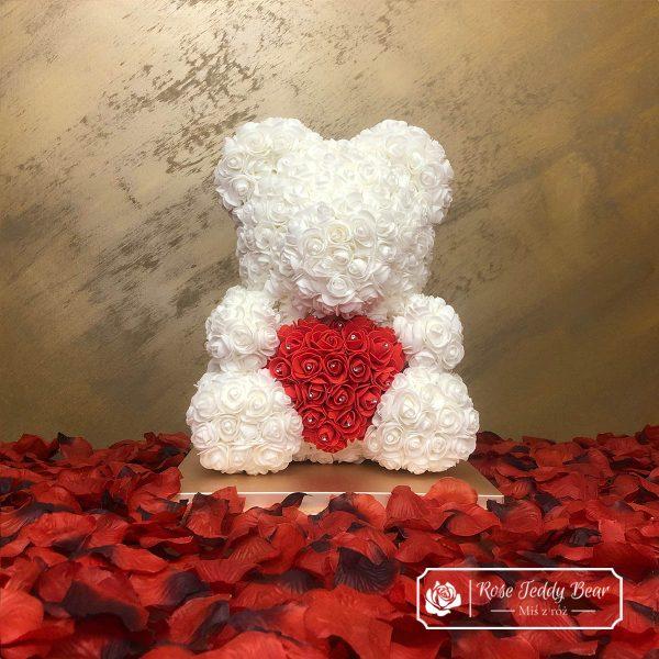 Diamentowy biały miś z róż z sercem 40 cm